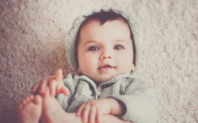Pleurs du tout petit bébé